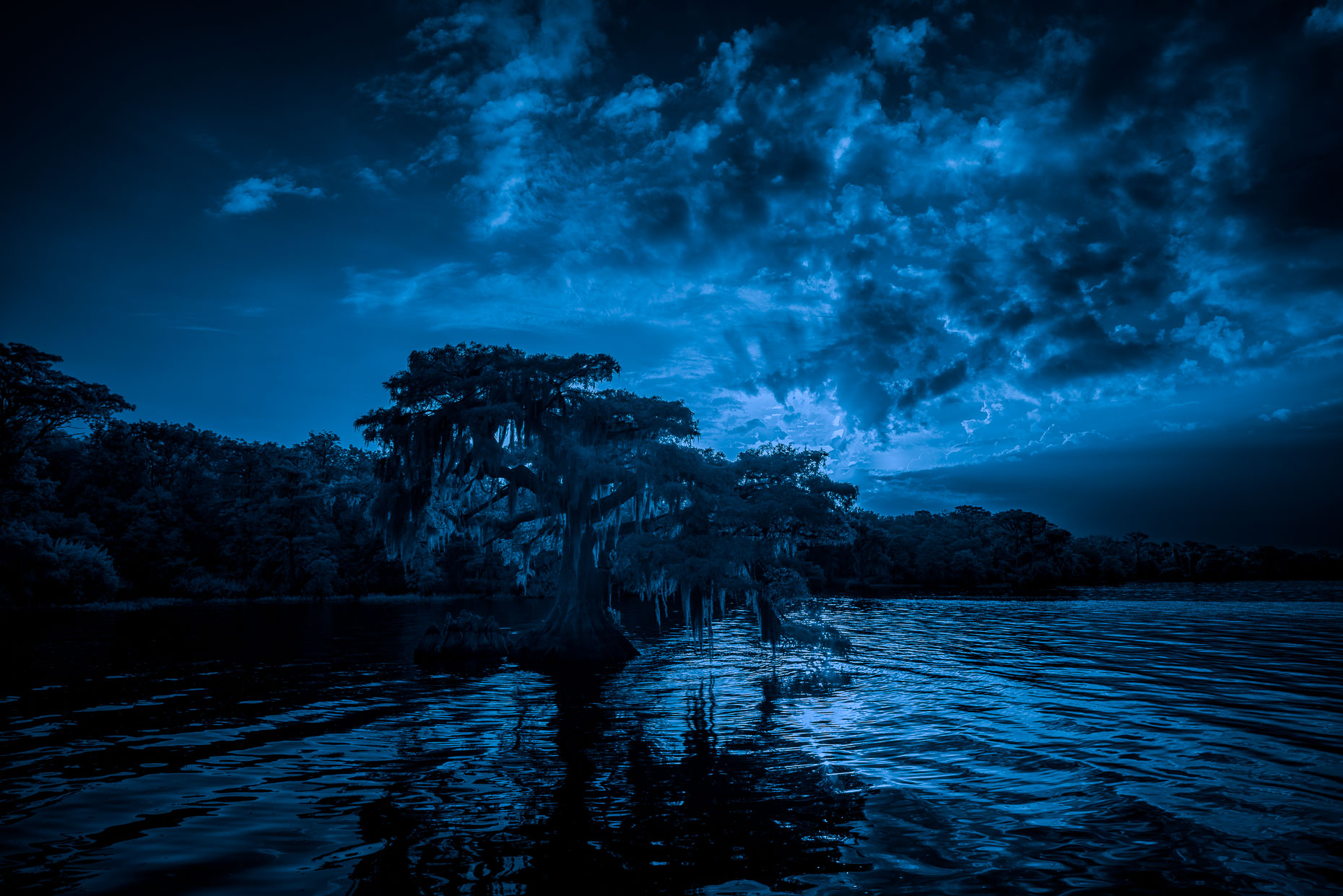 20160804_blue_cypress_lake_0032